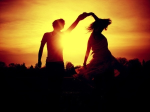beautiful-couple-dance-love-sun-favim-com-128359_large